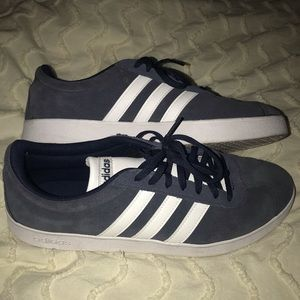 Adidas Tennis Shoes